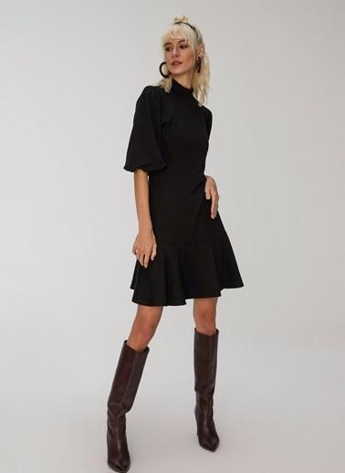 People By Fabrika Volanlı Çelik İnterlok Elbise Siyah